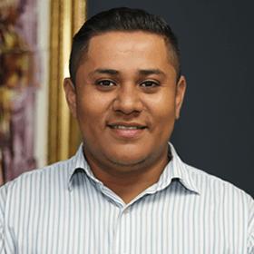 Cesar Flores - Conserje - Bufete Canales Girbal Reyes SAA