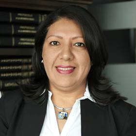 Janeth Castellanos - Abogada - Bufete Canales Girbal Reyes SAA